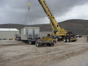 Lifting Telecom Shelter